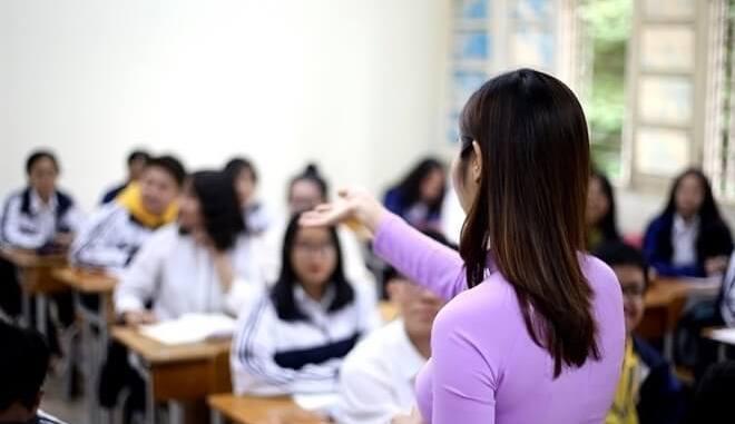 Cách tính lương giáo viên THCS năm 2021 theo Thông tư 03